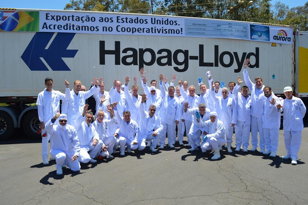 Dirigentes do agronegócio Nacional e Ministro da Agricultura visitam planta da Aurora em Chapecó